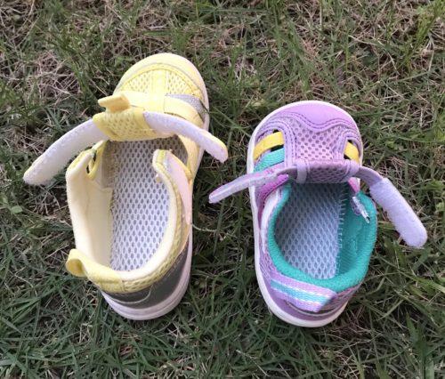 靴底に水抜き用の穴がある2